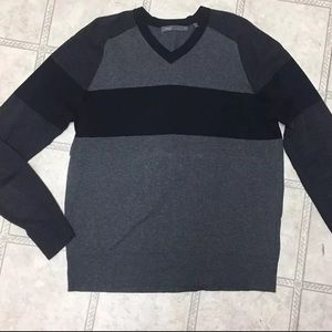 Vince Mens V-Neck Pullover Sweater